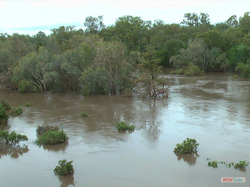 Katherine in Flood from Railway Bridge