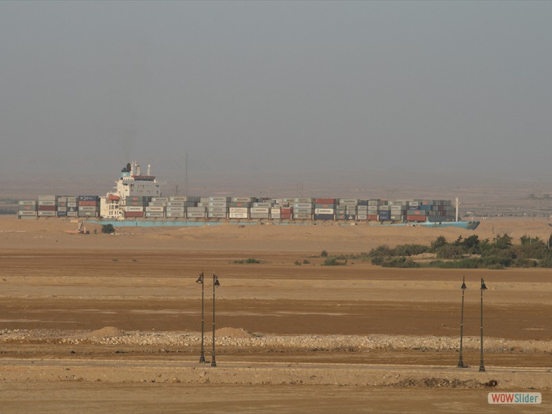 Ship of the desert - Suez
