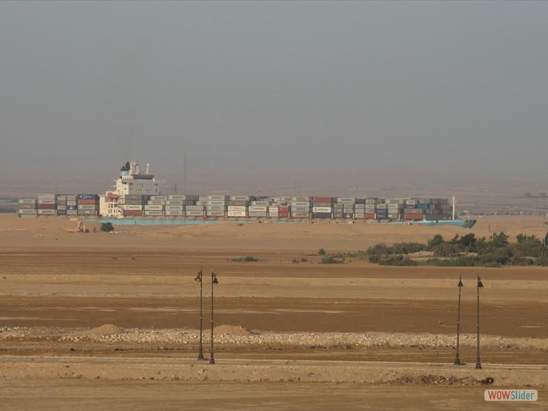Ship of the desert - Suez